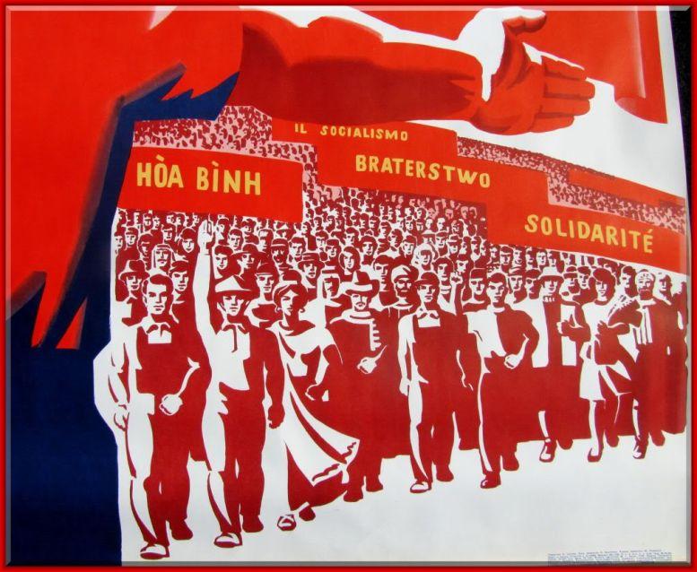 soviet_propaganda_poster_CCCP_4