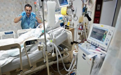 ICU Respiratory_therapist