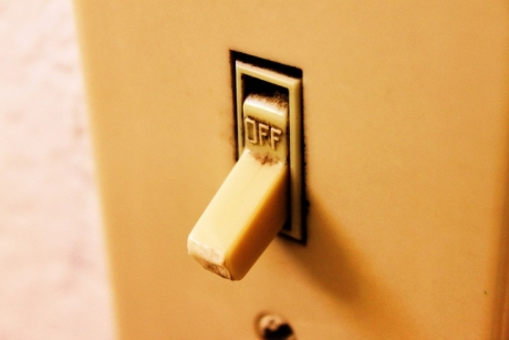 light-switch-off.jpg.644x0_q100_crop-smart