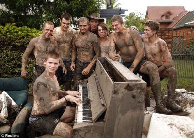 queensland flood clean up