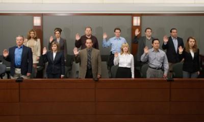 Jury-being-sworn-in-006