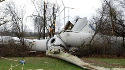 turbine-collapse-germany1