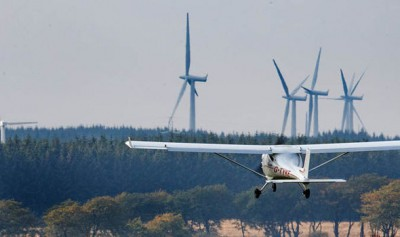 plane wind-farm-scotland