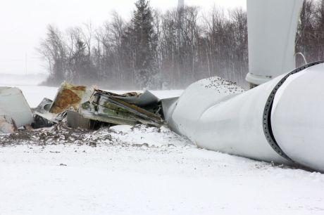 turbine collapse michigan2