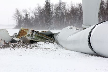 turbine collapse michigan2