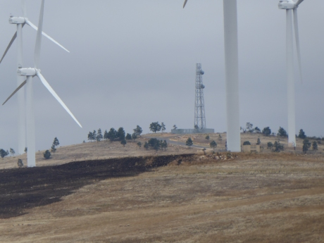 grass-fire-starts-at-base-of-turbine