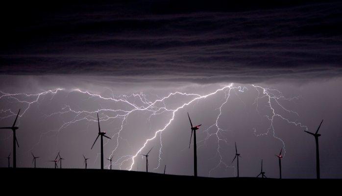Another Wind Power Fail: Stiff Breeze Flattens Giant Wind